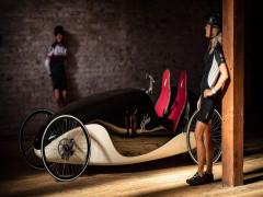 Đây là Kinner - Một phương tiện dáng vẻ cổ điển, lai tạo giữa xe đạp và ô tô điện